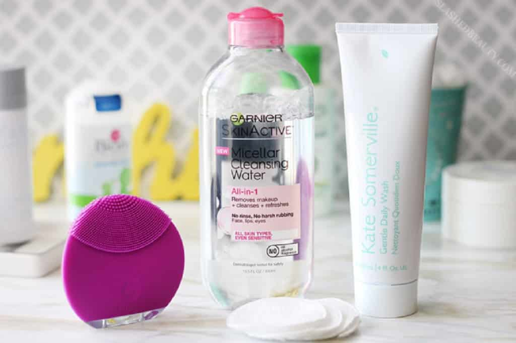 The 23 Best Makeup Remover For Acne Prone Skin 2020