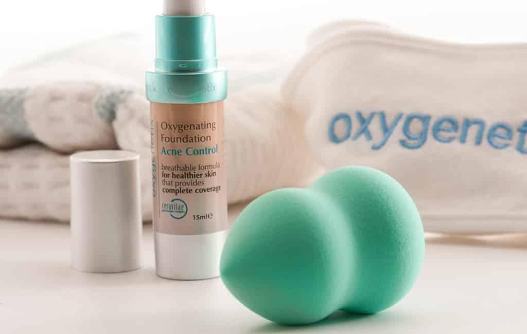 31 Best Non Comedogenic Foundations For Acne Prone Skin